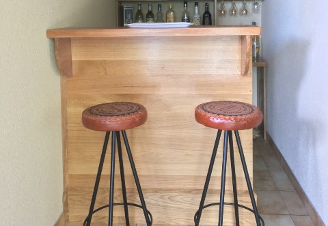 Bar in Panoplot oak