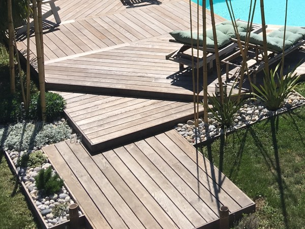 THT ash decking for pools